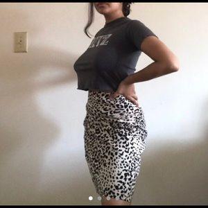 Leopard skirt 6Petite